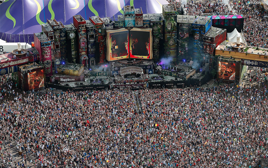 TomorrowWorld 2013 Aftermovie Released